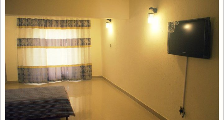 house for sell in Quetta airport road airport road near suzuki motors good buy cheap rooms size foot gaz yard map