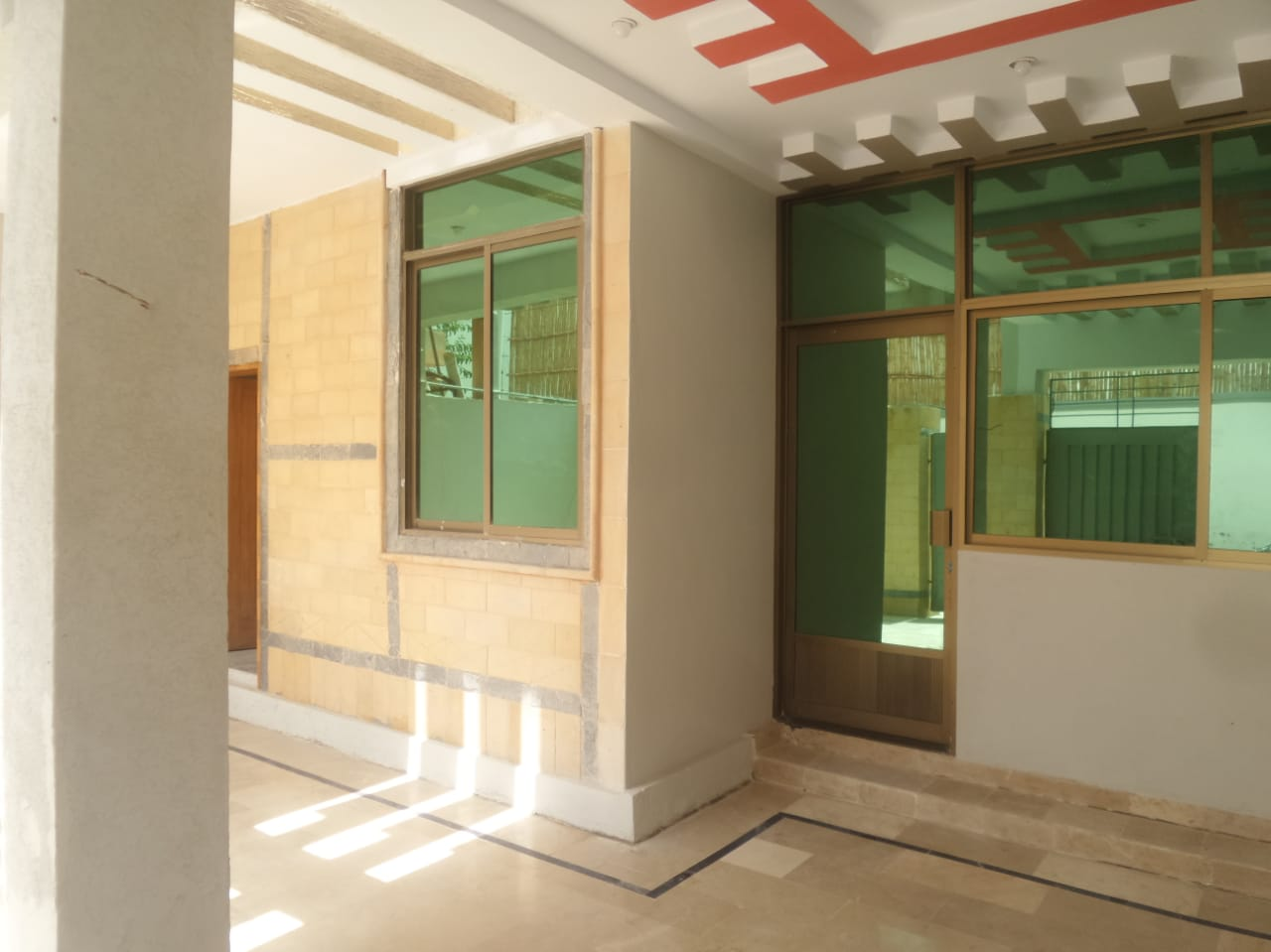 House for sale at samungli road eman city.