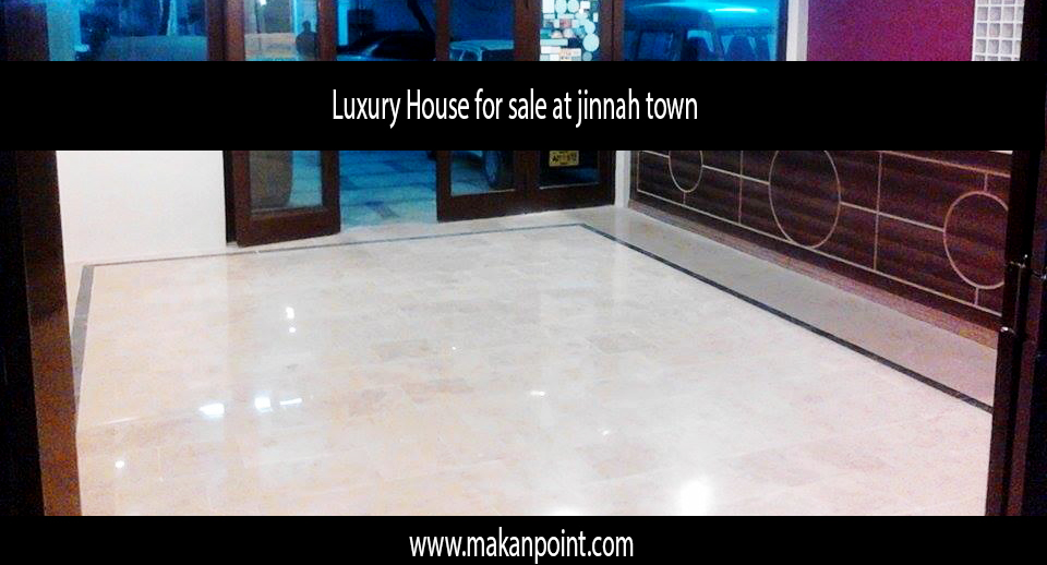 Luxury House for sale at jinnah town v.i.p location