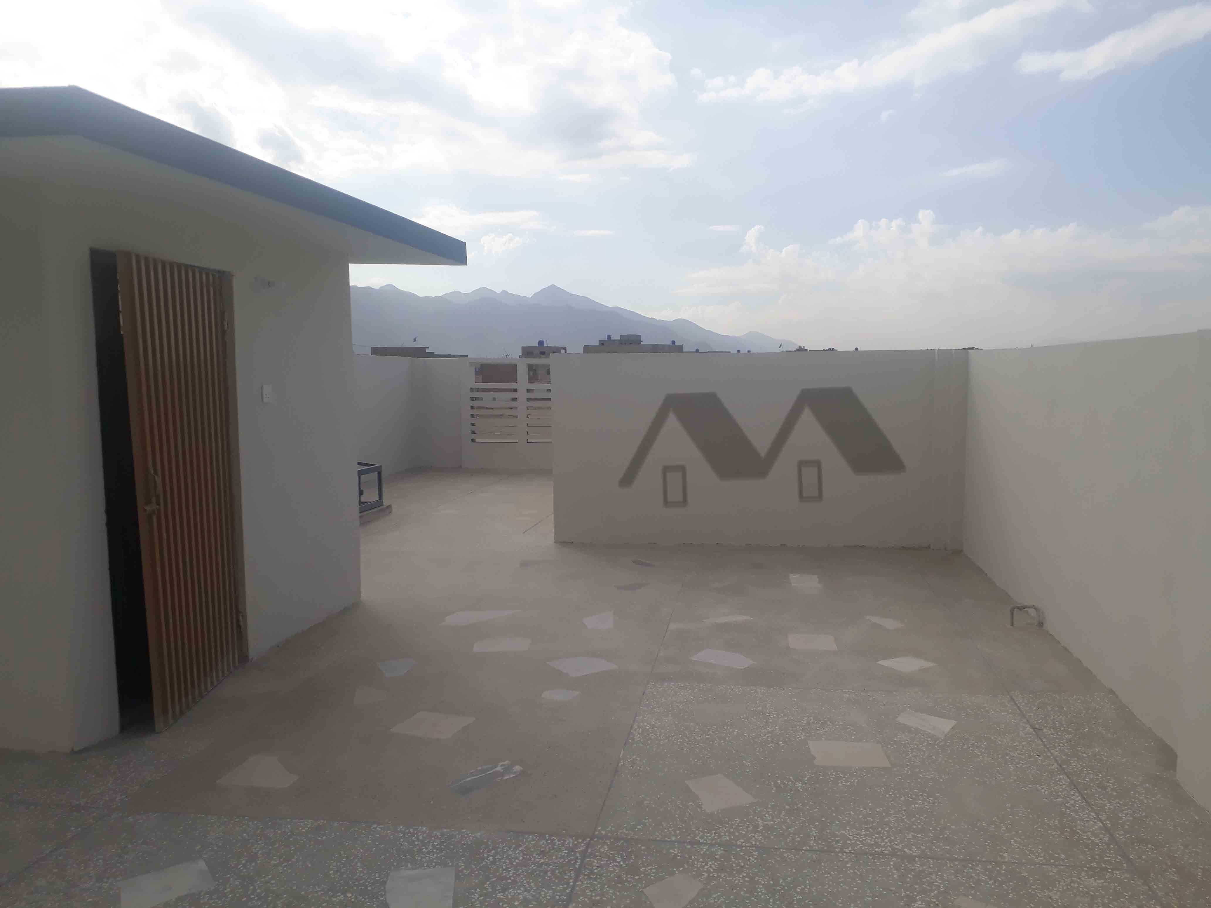 200 yards bungalow for sale at shabaz town