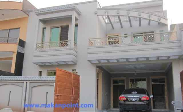 Flat for rent at shahbaz town